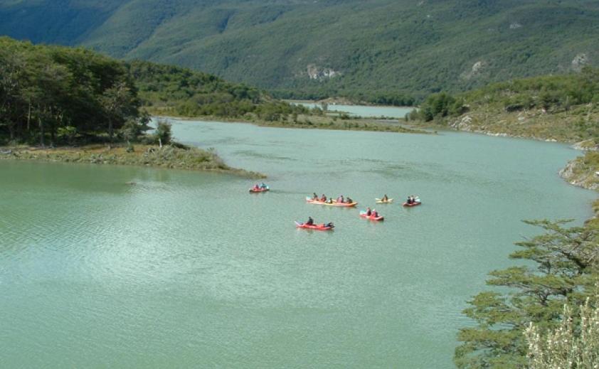 Trekking y canoas Parque Nacional